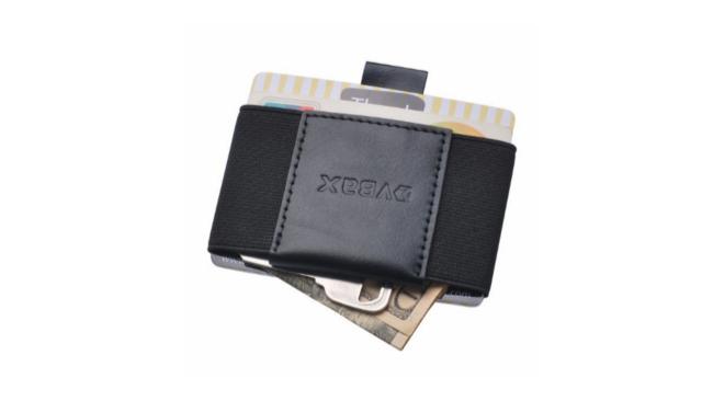 محافظ البطاقات والنقود